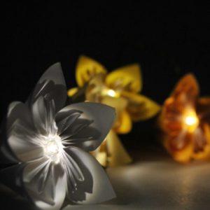 Flowerista - Fiorigami - ghirlanda accesa2