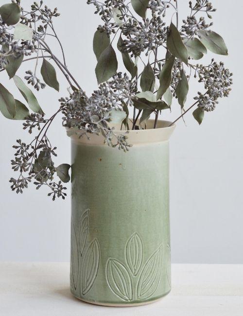 leaf vase-ceceramic-flowerista
