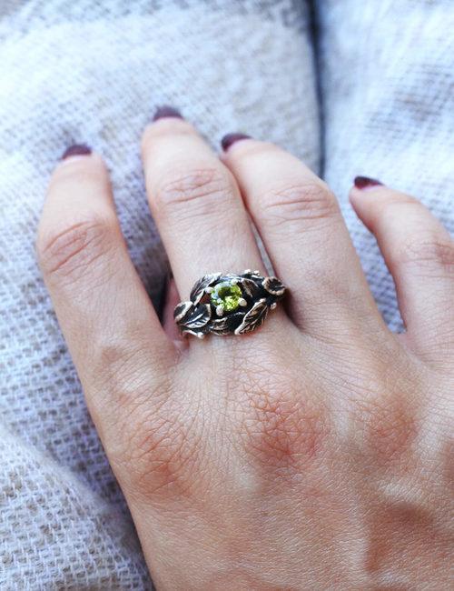 anello foglie di alloro- sepi gioielli- flowerista
